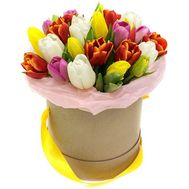 Box with tulips - flowers and bouquets on 7roz.lviv.ua