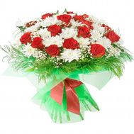 Bouquet of flowers from 24 roses and 11 chrysanthemums - flowers and bouquets on 7roz.lviv.ua