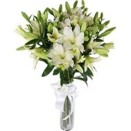 Bouquet of 17 white lilies - flowers and bouquets on 7roz.lviv.ua