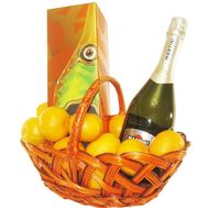 Gift basket with elite champagne - flowers and bouquets on 7roz.lviv.ua
