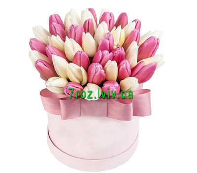"""""""Gentle box with tulips"""" in the online flower shop 7roz.lviv.ua"""
