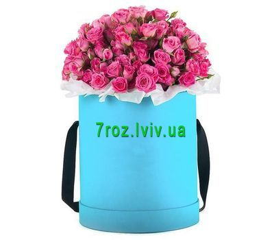 """""""Pink spray roses in a box"""" in the online flower shop 7roz.lviv.ua"""